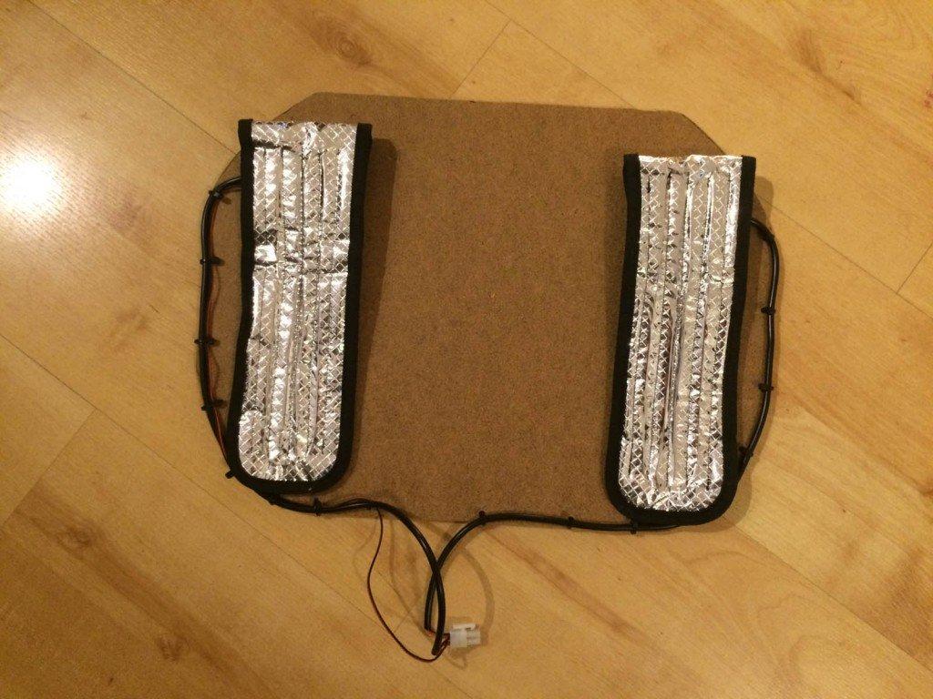 Basisplatte mit Heizelementen und verlegten Kablen