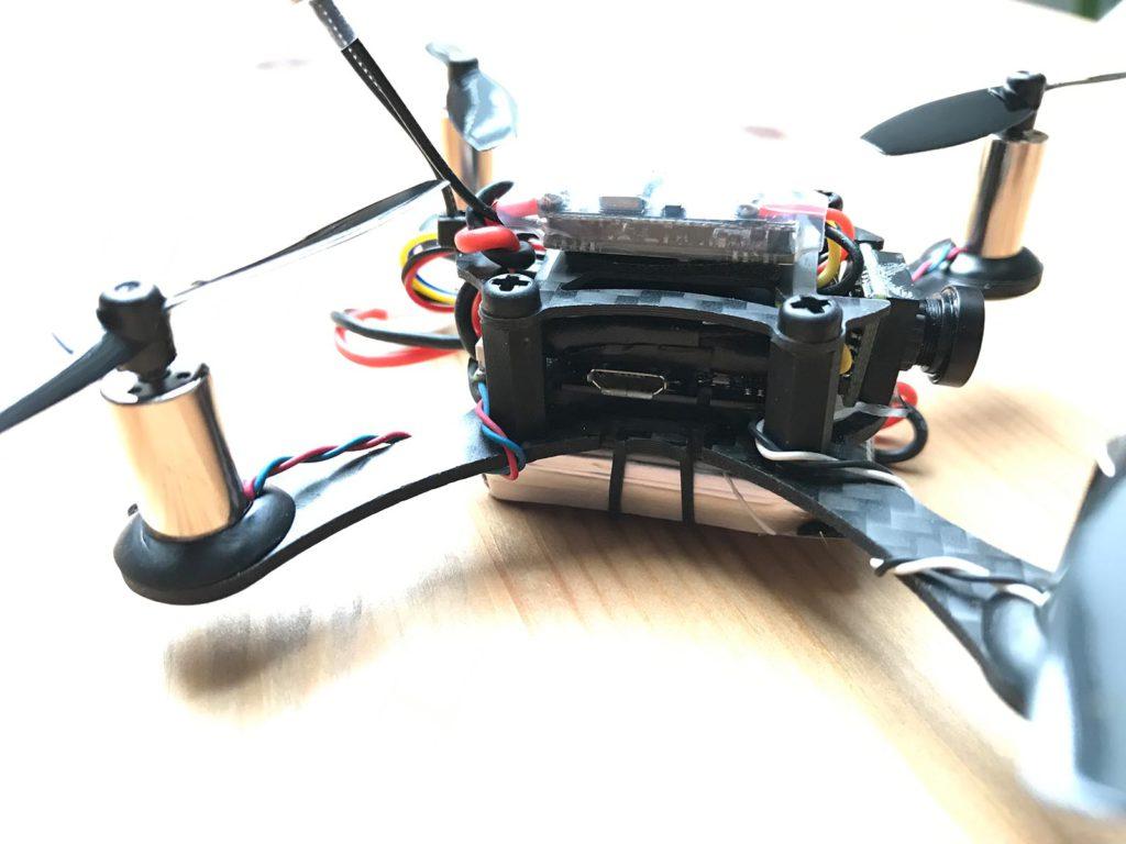 Smart 100 FPV-Racer - Jeti Empfänger an Board