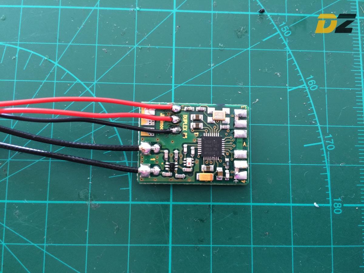 JETI R4 Receiver - Attache EX-BUS Wiring