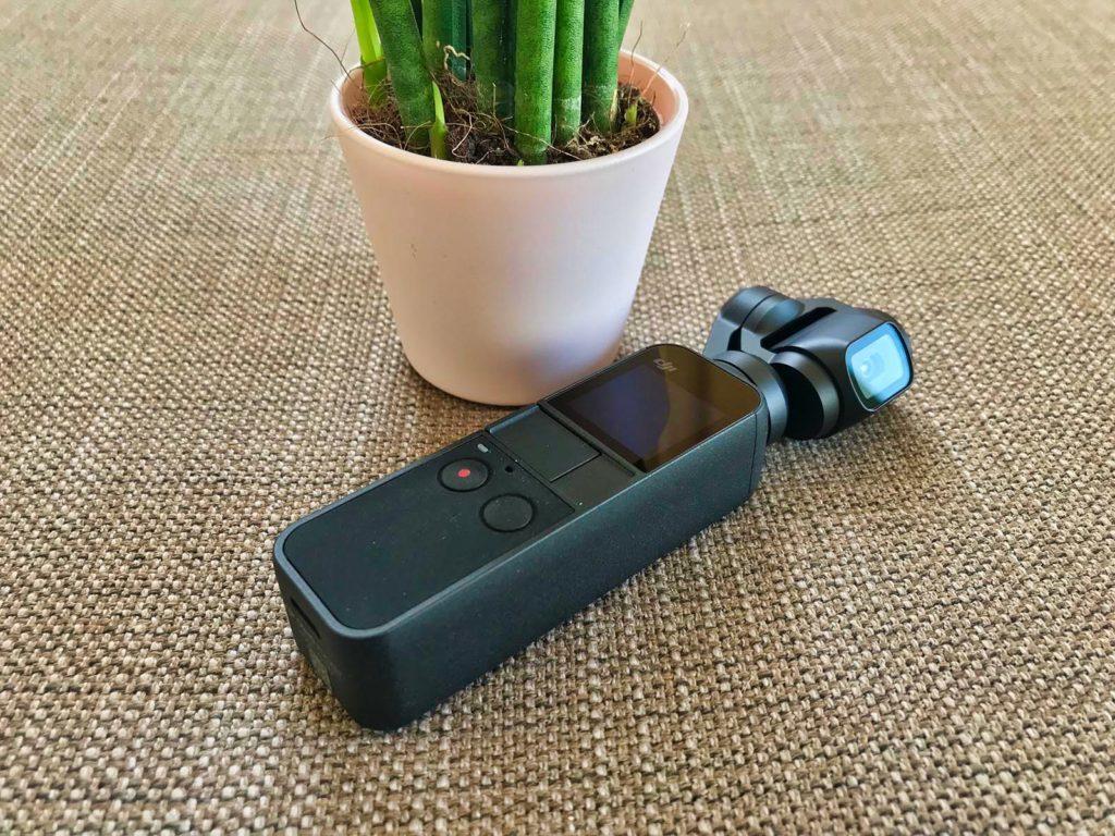 DJI Osmo Pocket - Kamera vor Pflanze