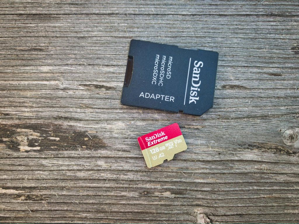 microSD Karte mit SD-Karten-Adapter