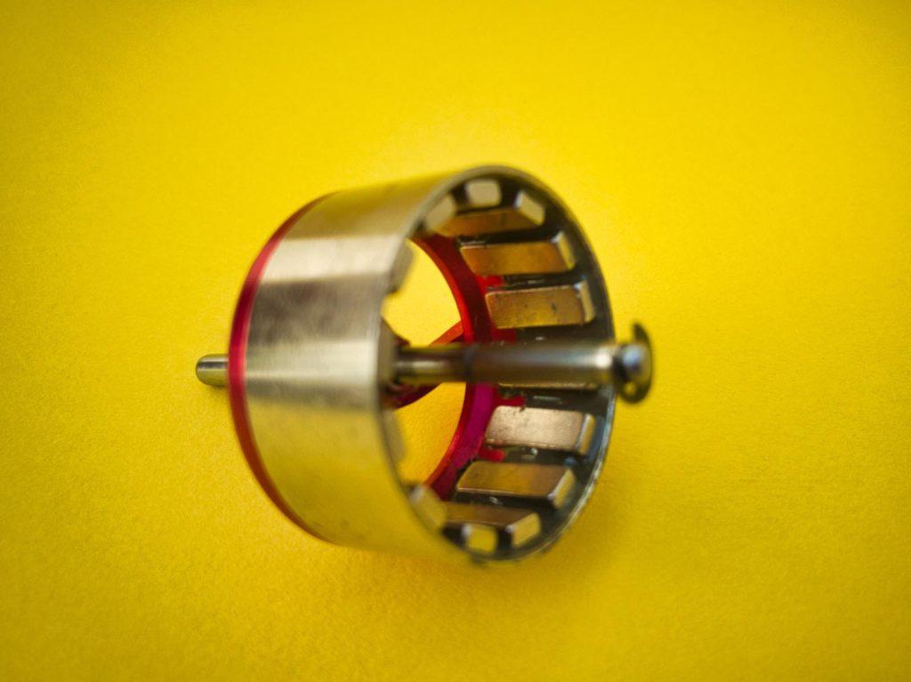 Die Permanentmagnete im Rotor einer Motorglocke