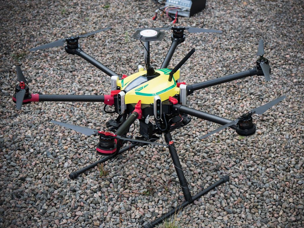 Everdrone Testdrohne mit GPS-loser Navigation