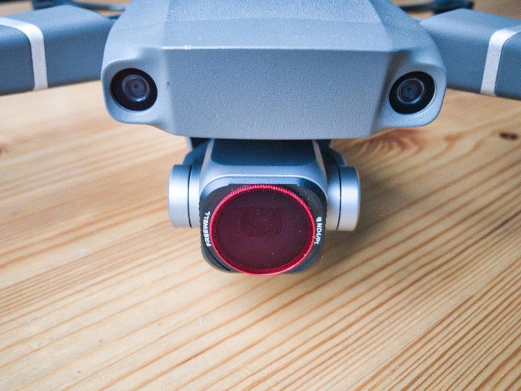 Zwei Sichtkameras für Stereo-Sehen an der Front der Mavic 2 Pro