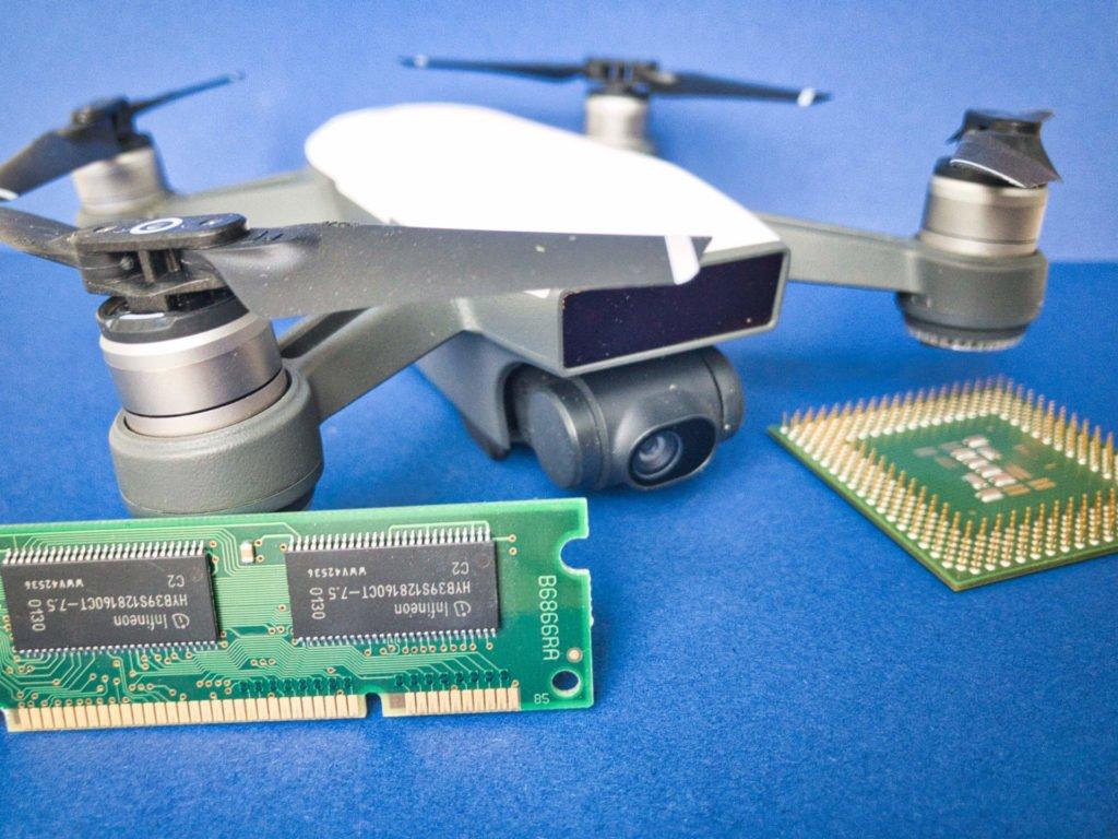 DJI Spark Drohne mit RAM und CPU