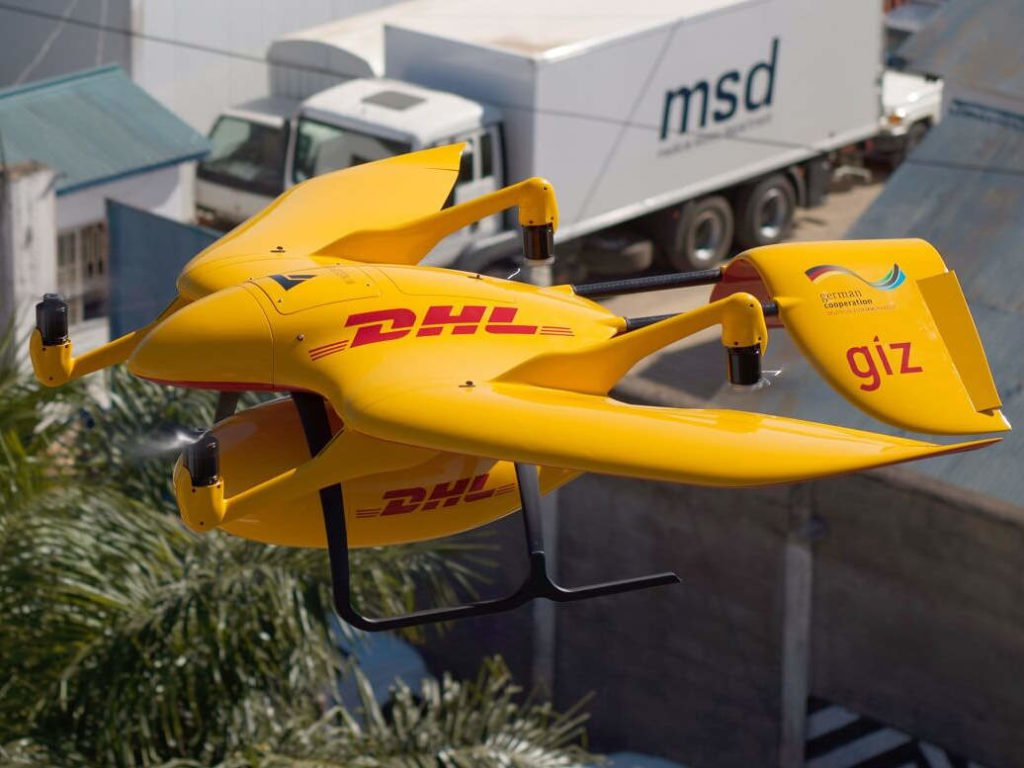 Wingcopter Drohne mit DHL Branding