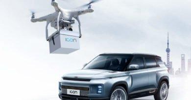 Geely Autoschlüssel Lieferung per Drohne - Image Source Geely Auto