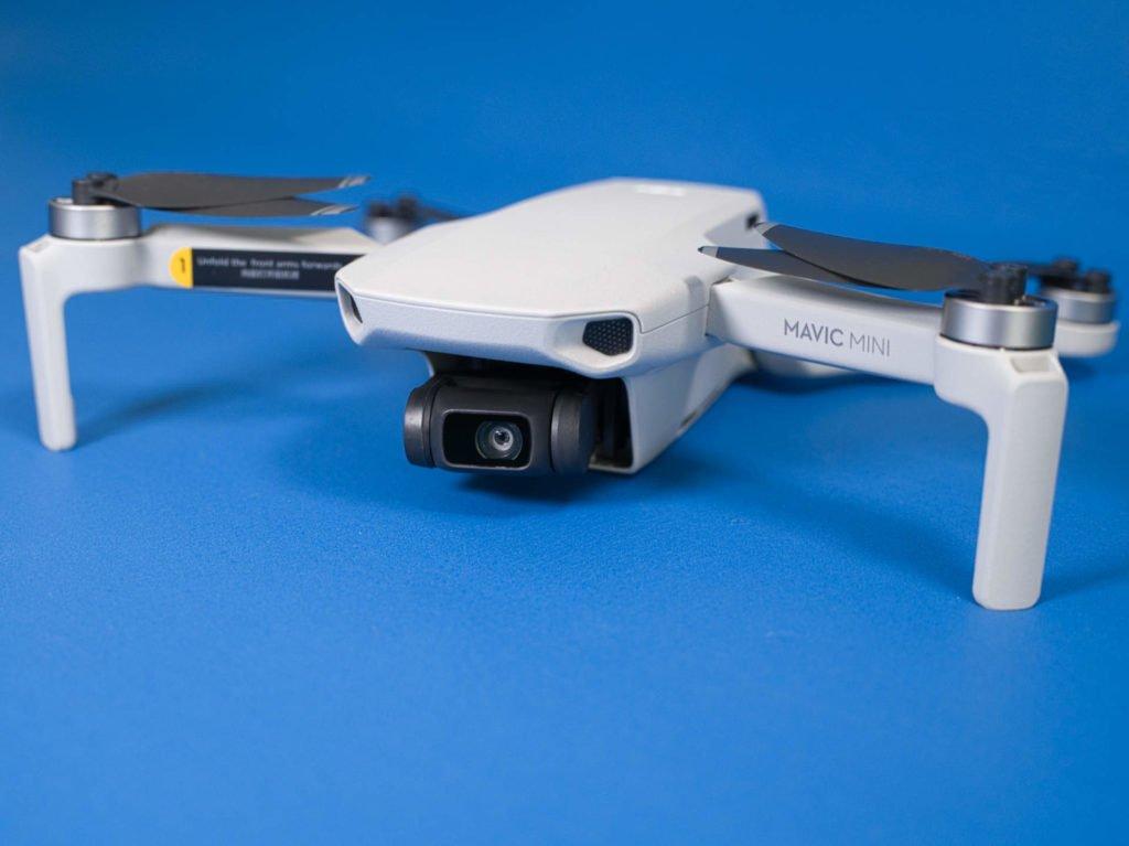 Mavic Mini Drohne von schräg vorne
