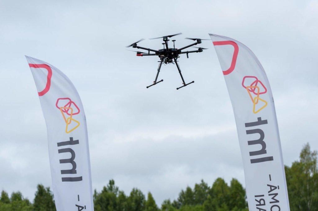 LMT Drohne mit 5G-Ausrüstung startet zu ihrem BVLOS-Flug