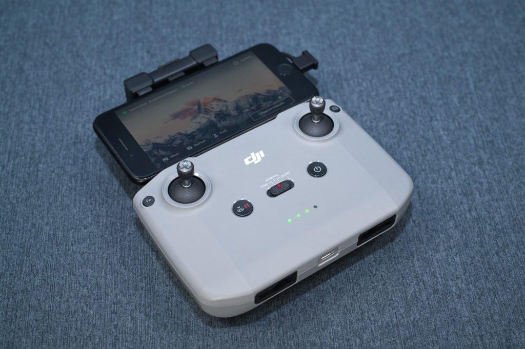Mini 2 Controller RC231 schräg