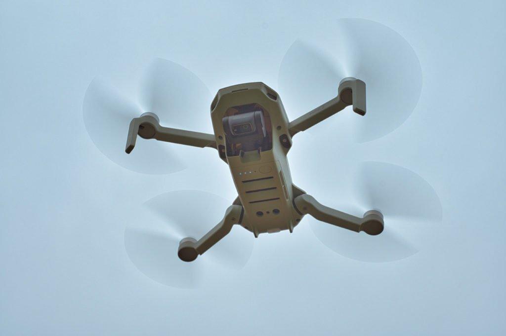 Mini 2 Drohne Kamera blickt nach unten
