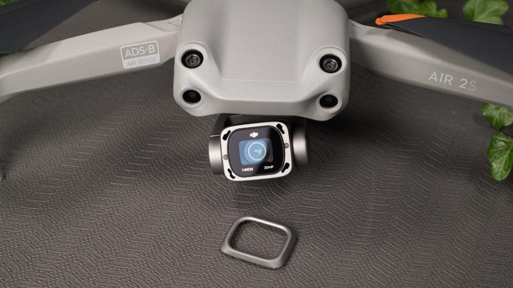 Die Kamera der Air 2S ohne Frontplatte